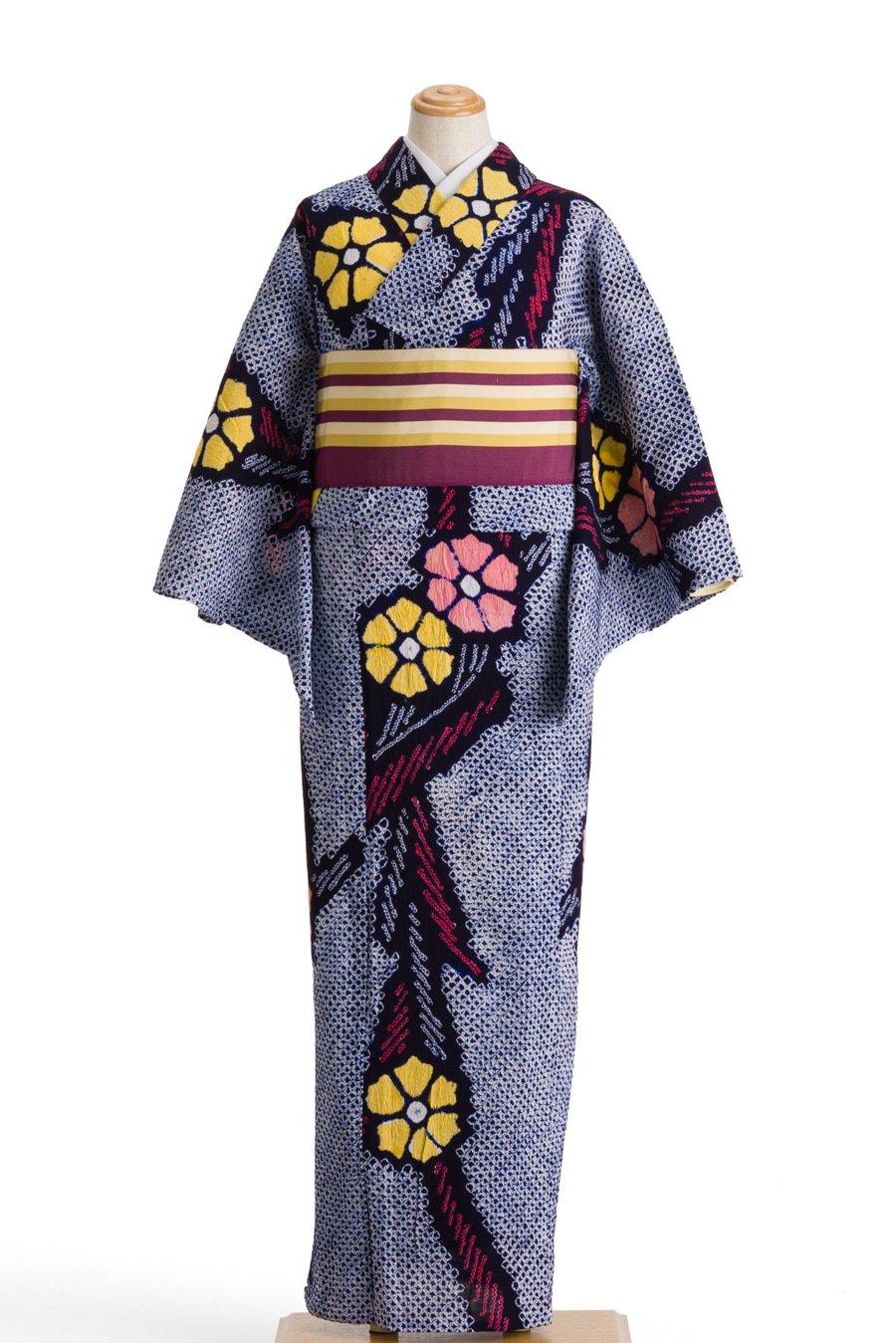 「絞りの浴衣 二色の花とシャープな葉」の商品画像