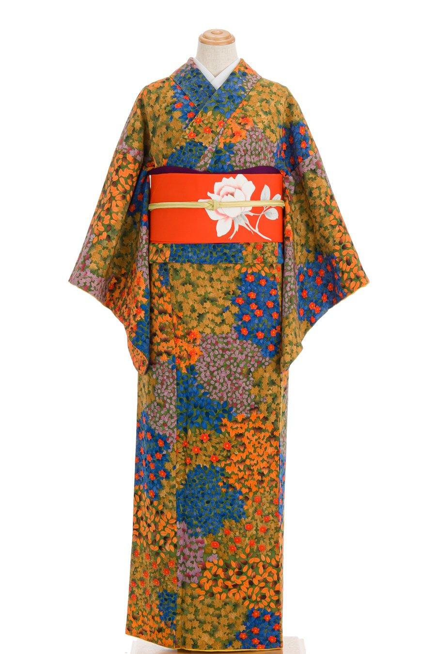 「椿 菊 蔦の葉 色彩豊かな花模様」の商品画像