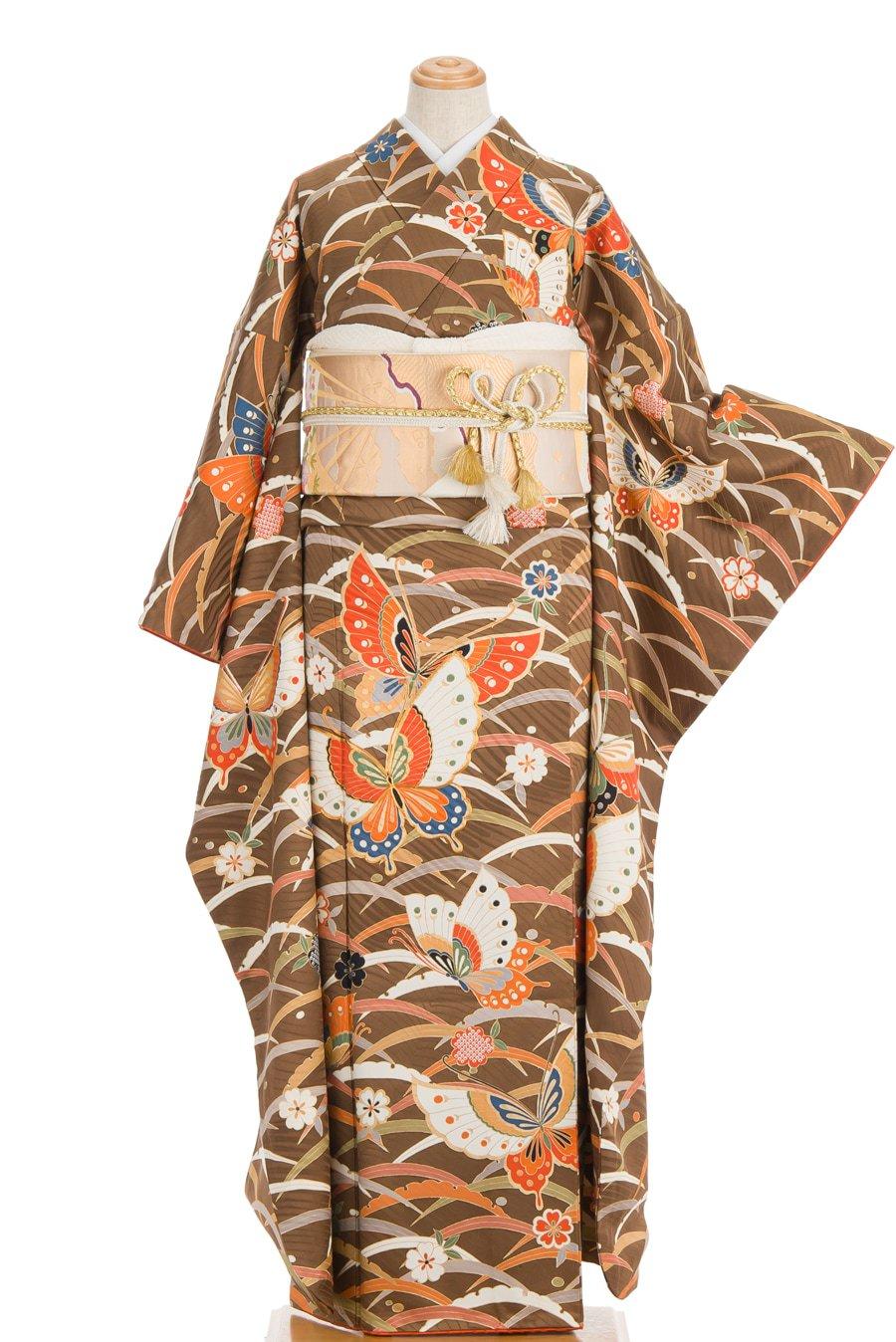 「振袖 芝草に桜と揚羽蝶」の商品画像