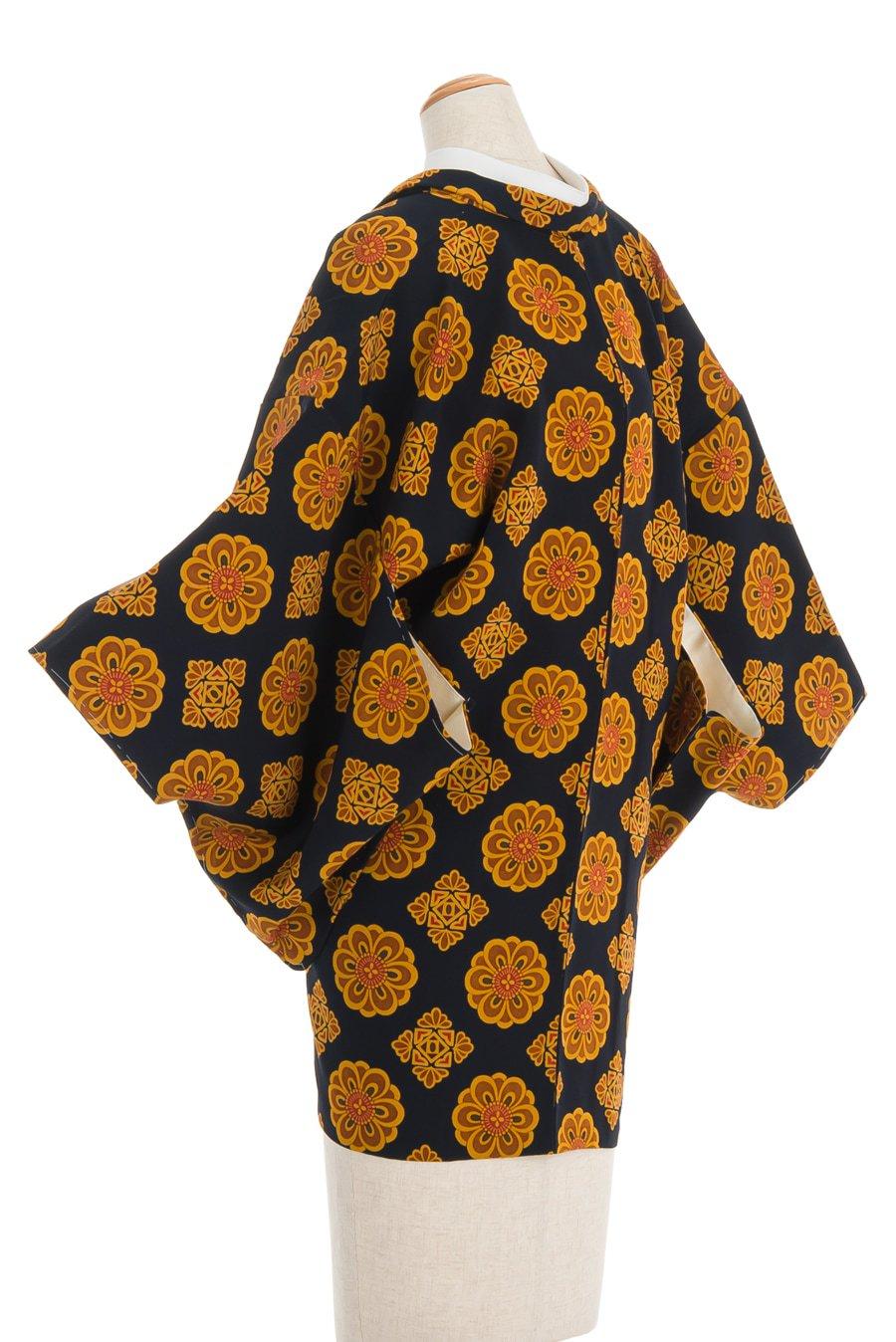 「黒地 金の花」の商品画像