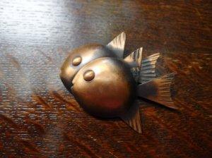 REBAJES 魚ブローチ(S7066)