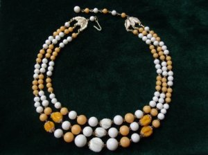 白×山吹色 3連ネックレス(S2604)