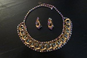 hobe オーロラピンクのネックレスとイヤリングのセット(S7587)