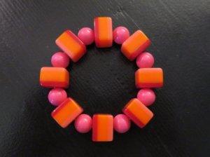 ピンクのグラデーションブレスレット(S7627)