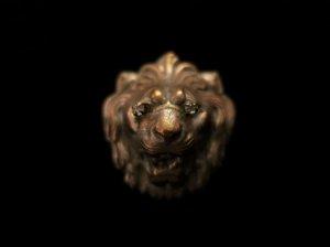 ミリアムハスケル ライオンのブローチ(S7858)