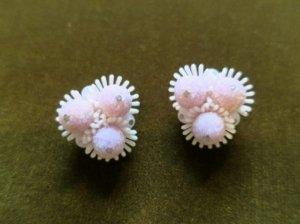 ソフトプラスチック ピンク砂糖菓子みたいなイヤリング(S8158)