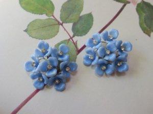 水色のお花のイヤリング(S8162)