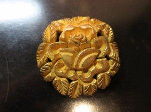 ゴールドのバラのベークライトのブローチ(S8206)