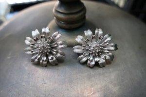 trifari タンポポみたいな花のイヤリング(S8425-2)