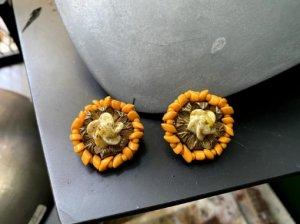 ミリアムハスケル チェダーチーズ色のガラスのイヤリング(S8427)