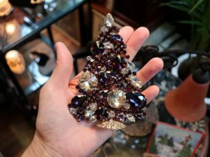 チェコ 中くらいの紫色のクリスマスツリー(S8531)