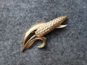 trifari  麦の穂のブローチ(S8546)