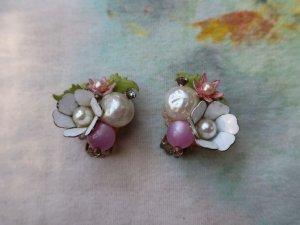 パールとお花が並んだイヤリング(S8681-4)