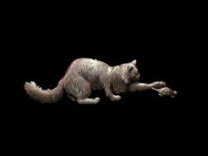 <img class='new_mark_img1' src='https://img.shop-pro.jp/img/new/icons12.gif' style='border:none;display:inline;margin:0px;padding:0px;width:auto;' />JJ 亀にちょっかいをだす猫のブローチ(S8766)
