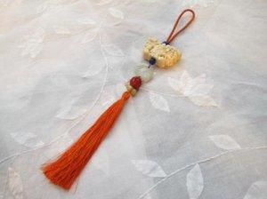 象牙の扇と堆朱 飾り ぶら (G13)