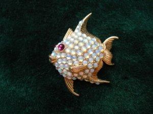 CINER オパールストーンのお魚ブローチ(S7060)