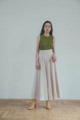 <img class='new_mark_img1' src='https://img.shop-pro.jp/img/new/icons14.gif' style='border:none;display:inline;margin:0px;padding:0px;width:auto;' />CLANE 21AW CUT EMBROIDERY FLARE SKIRT
