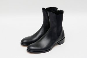<img class='new_mark_img1' src='https://img.shop-pro.jp/img/new/icons14.gif' style='border:none;display:inline;margin:0px;padding:0px;width:auto;' />beautiful shoes 21AW サイドゴアブーツ ブラック