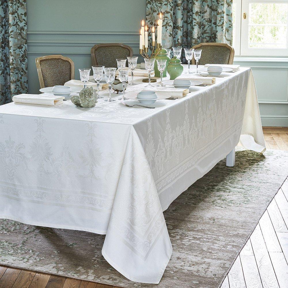 ガルニエティエボー テーブルクロス(撥水なし) ボールガール ホワイト