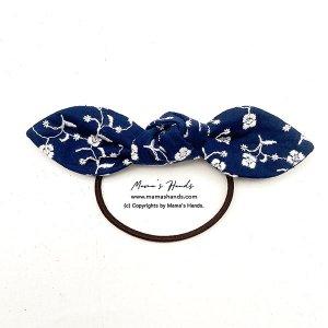 (cr-193) 刺繍 白小花 紺 青 ネイビー 綿100% リボン ヘアゴム(ハンドメイド)
