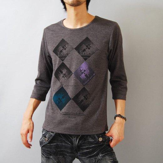【シックに整った1枚だからサラッと着ても雰囲気◎】ダイヤプリント・メンズ七分袖Tシャツ詳細1
