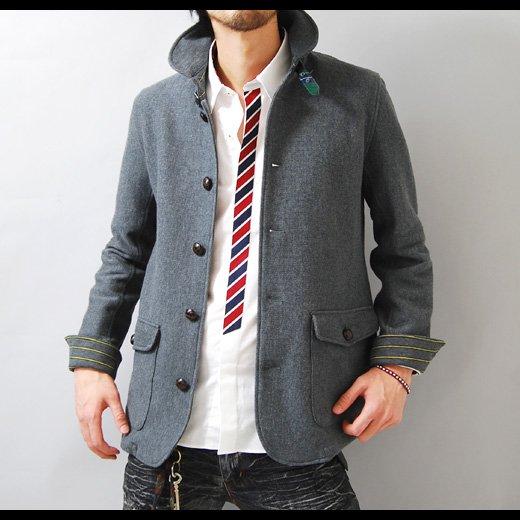 【春を感じる季節感を意識した清潔で品格のある着こなしに!】ボーダーアクセント・スリムデッキジャケット