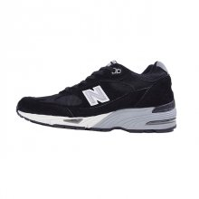 <img class='new_mark_img1' src='https://img.shop-pro.jp/img/new/icons50.gif' style='border:none;display:inline;margin:0px;padding:0px;width:auto;' />NEW BALANCE M991 EKS MADE IN ENGLAND