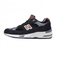 <img class='new_mark_img1' src='https://img.shop-pro.jp/img/new/icons50.gif' style='border:none;display:inline;margin:0px;padding:0px;width:auto;' />NEW BALANCE M991 KT MADE IN ENGLAND