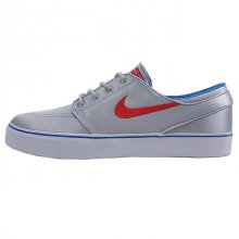 <img class='new_mark_img1' src='https://img.shop-pro.jp/img/new/icons50.gif' style='border:none;display:inline;margin:0px;padding:0px;width:auto;' />NIKE ZOOM STEFAN JANOSKI PR MTLLC SILVER/UNIVARSTY RD
