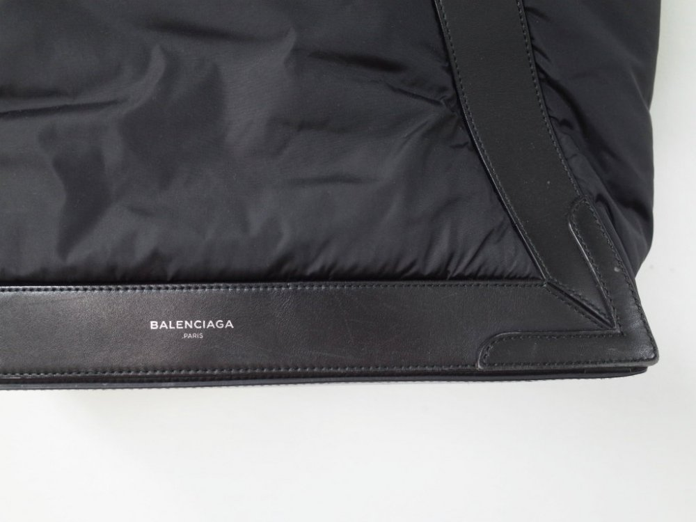 <img class='new_mark_img1' src='https://img.shop-pro.jp/img/new/icons20.gif' style='border:none;display:inline;margin:0px;padding:0px;width:auto;' />BALENCIAGA バレンシアガ  カバス トートバッグ USED