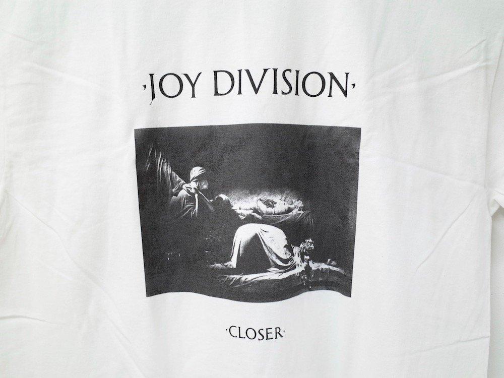 <img class='new_mark_img1' src='https://img.shop-pro.jp/img/new/icons20.gif' style='border:none;display:inline;margin:0px;padding:0px;width:auto;' />海外限定  オフィシャル  Joy Division Closer Tシャツ white