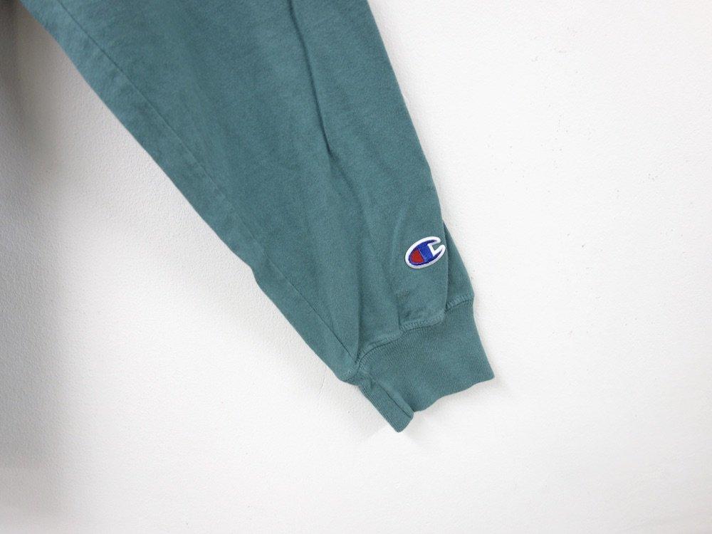 海外企画 Champion Garment Dyed Long-Sleeve Tシャツ Cactus