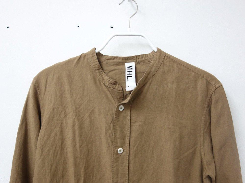 <img class='new_mark_img1' src='https://img.shop-pro.jp/img/new/icons15.gif' style='border:none;display:inline;margin:0px;padding:0px;width:auto;' />MHL. マーガレットハウエル スタンドカラーシャツ USED