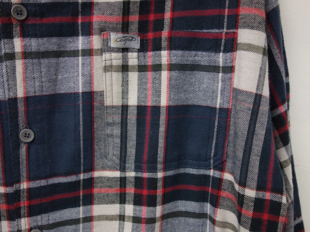 <img class='new_mark_img1' src='https://img.shop-pro.jp/img/new/icons15.gif' style='border:none;display:inline;margin:0px;padding:0px;width:auto;' />CALTOP FLANNEL CHECK シャツ MADE IN USA
