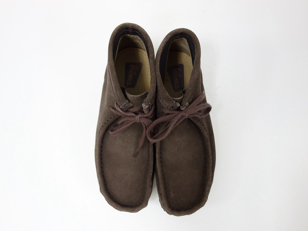 <img class='new_mark_img1' src='https://img.shop-pro.jp/img/new/icons15.gif' style='border:none;display:inline;margin:0px;padding:0px;width:auto;' />CLARKS クラークス Wallabee Boot クレープソール USED