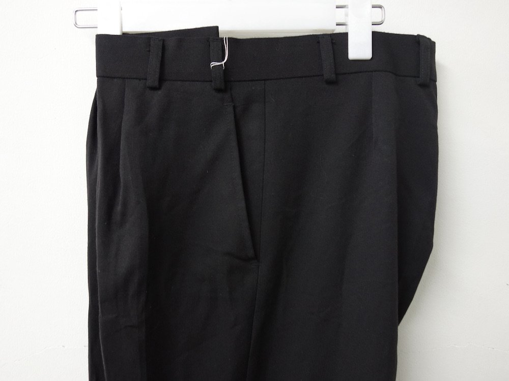 <img class='new_mark_img1' src='https://img.shop-pro.jp/img/new/icons15.gif' style='border:none;display:inline;margin:0px;padding:0px;width:auto;' />イギリス軍 ROYAL NAVY TROUSERS オフィサーパンツ USED