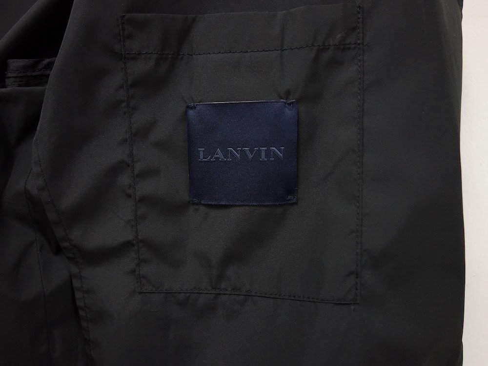 <img class='new_mark_img1' src='https://img.shop-pro.jp/img/new/icons15.gif' style='border:none;display:inline;margin:0px;padding:0px;width:auto;' />LANVIN ランバン テーラードジャケット  USED