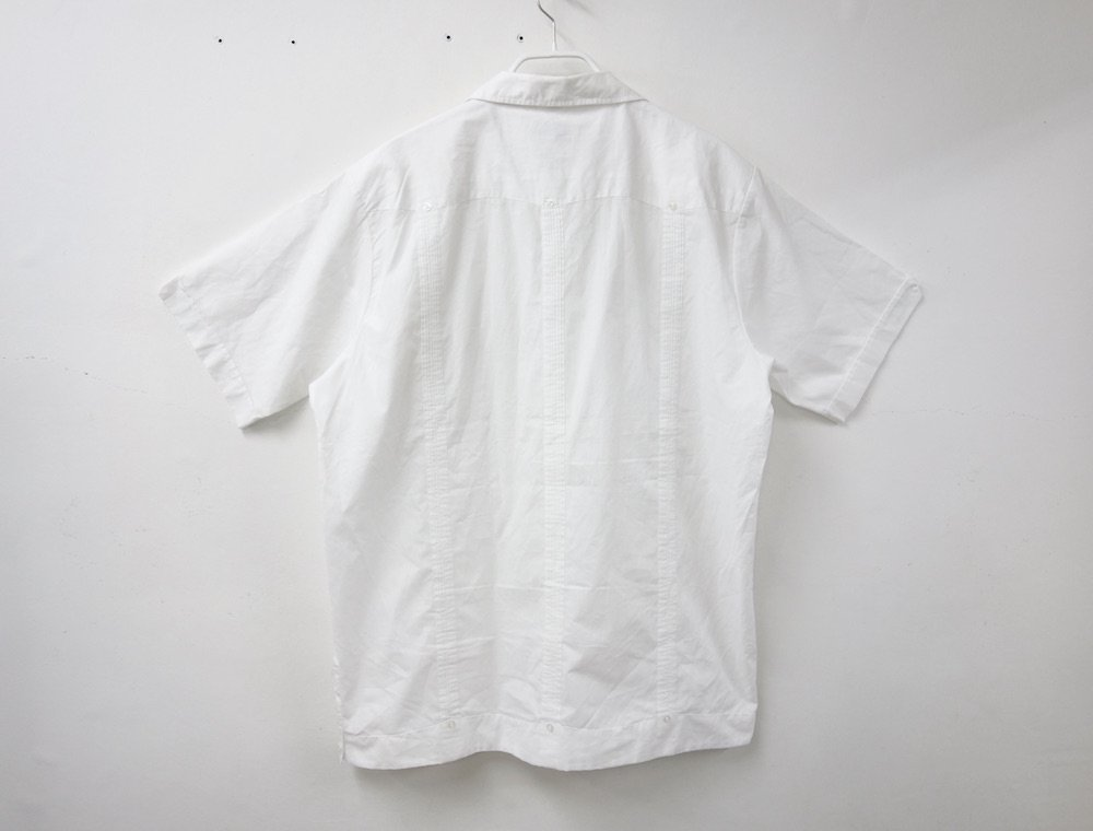 <img class='new_mark_img1' src='https://img.shop-pro.jp/img/new/icons15.gif' style='border:none;display:inline;margin:0px;padding:0px;width:auto;' />CUBA SHIRT  オープンカラー 刺繍 シャツ USED #2