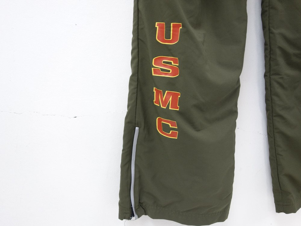 <img class='new_mark_img1' src='https://img.shop-pro.jp/img/new/icons15.gif' style='border:none;display:inline;margin:0px;padding:0px;width:auto;' />アメリカ軍実物 米海兵隊 U.S.M.C. PT ランニング パンツ USED