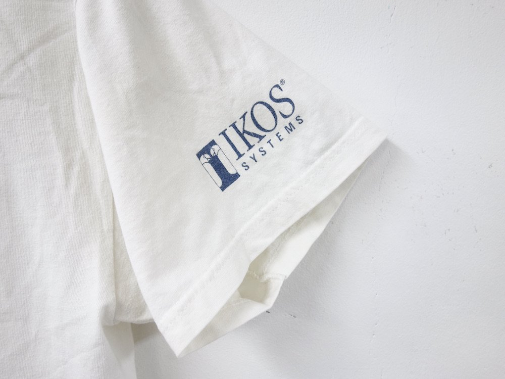 <img class='new_mark_img1' src='https://img.shop-pro.jp/img/new/icons15.gif' style='border:none;display:inline;margin:0px;padding:0px;width:auto;' />IKOS SYSTEMS Tシャツ USED