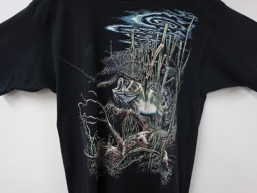 <img class='new_mark_img1' src='https://img.shop-pro.jp/img/new/icons15.gif' style='border:none;display:inline;margin:0px;padding:0px;width:auto;' />STAND OUT DESIGNS BASS Tシャツ USED