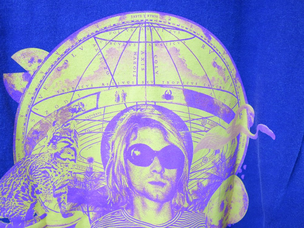 <img class='new_mark_img1' src='https://img.shop-pro.jp/img/new/icons15.gif' style='border:none;display:inline;margin:0px;padding:0px;width:auto;' />海外限定 Kurt Cobain オフィシャル L/S Tシャツ