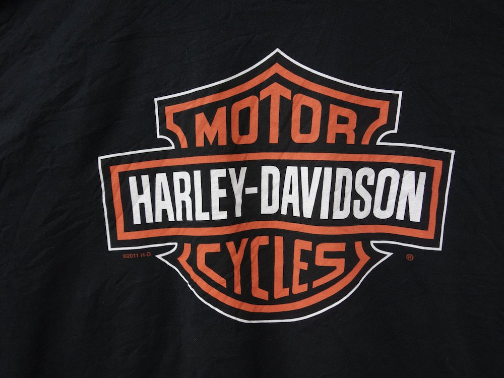 <img class='new_mark_img1' src='https://img.shop-pro.jp/img/new/icons15.gif' style='border:none;display:inline;margin:0px;padding:0px;width:auto;' />Harley-Davidson ハーレーダビッドソン Tシャツ USED