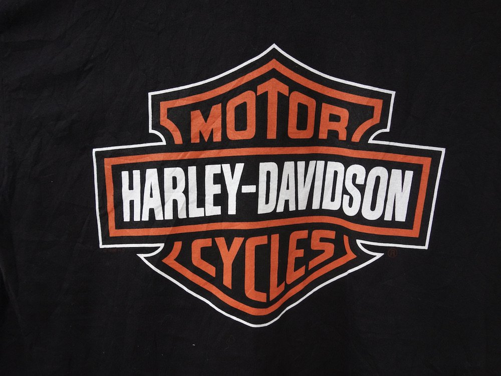 <img class='new_mark_img1' src='https://img.shop-pro.jp/img/new/icons15.gif' style='border:none;display:inline;margin:0px;padding:0px;width:auto;' />Harley-Davidson ハーレーダビッドソン Tシャツ USA製 USED