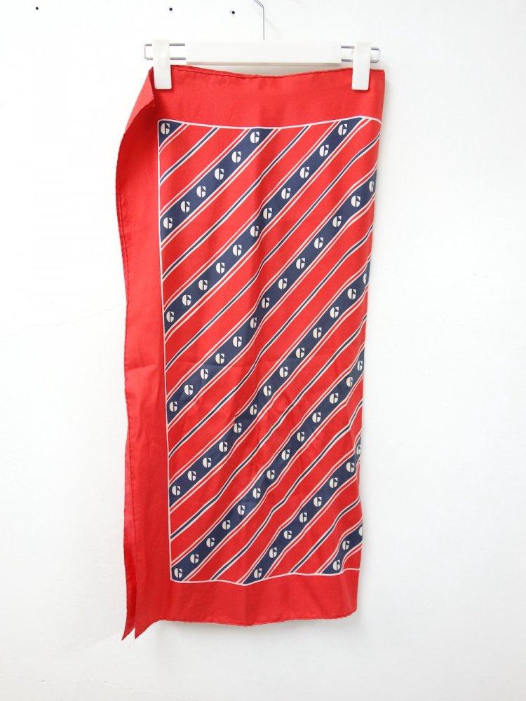 GIVENCHY ジバンシィ シルクスカーフ  USED