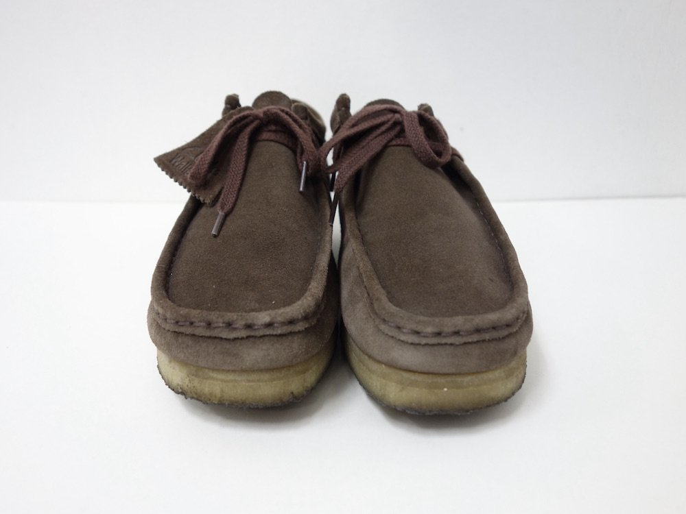 <img class='new_mark_img1' src='https://img.shop-pro.jp/img/new/icons15.gif' style='border:none;display:inline;margin:0px;padding:0px;width:auto;' />CLARKS クラークス Wallabee クレープソール USED