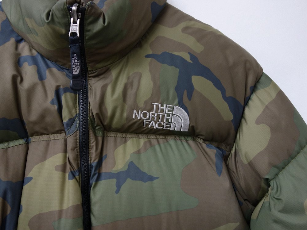 <img class='new_mark_img1' src='https://img.shop-pro.jp/img/new/icons15.gif' style='border:none;display:inline;margin:0px;padding:0px;width:auto;' />THE NORTH FACE ノースフェイス ヌプシ ダウンジャケット  camo USED