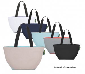 Herve Chapelier(エルベシャプリエ)1028N ナイロン舟型ショルダーML/トートバッグ<img class='new_mark_img2' src='https://img.shop-pro.jp/img/new/icons16.gif' style='border:none;display:inline;margin:0px;padding:0px;width:auto;' />