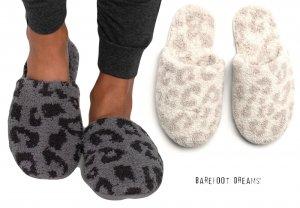 クリアランス/ベアフットドリームス(Barefoot Dreams)レオパード柄スリッパ ルームシューズ/CozyChic Barefoot In The Wild Slipper<img class='new_mark_img2' src='https://img.shop-pro.jp/img/new/icons16.gif' style='border:none;display:inline;margin:0px;padding:0px;width:auto;' />