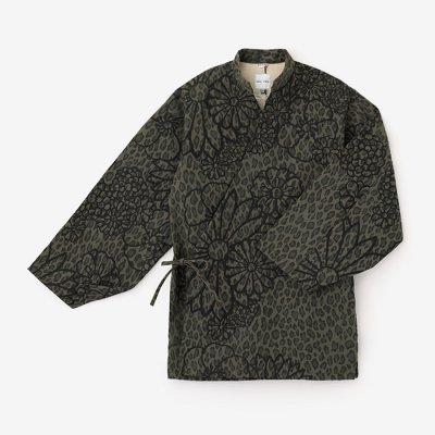 豹斑 手柄作務衣(ひょうまだら たかみさむえ)/金襴緞子 海松色(きんらんどんす   みるいろ)